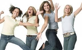 إرتداء الملابس الضيقة في فترات المراهقة