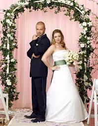 هل الزواج من خارج بلدك .. ناجحا