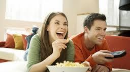 10 علامات تظهرك أن زوجك سعيد فى زواجه منك